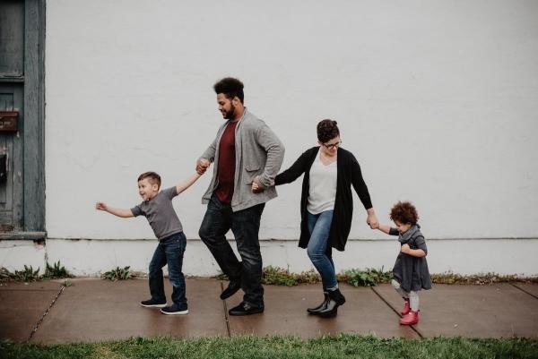 Family Photo Project Seeking Families!