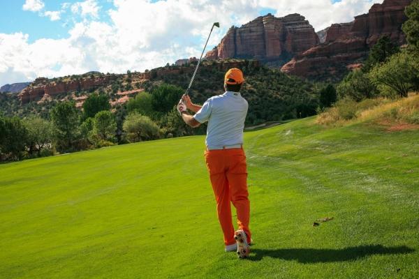 Extras Atlanta Casting Call for Hispanic Male Golfers