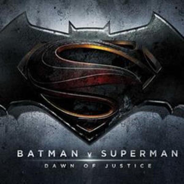 Batman Vs Superman need Extras!